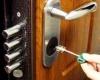 Где заказать ремонт замка двери недорого